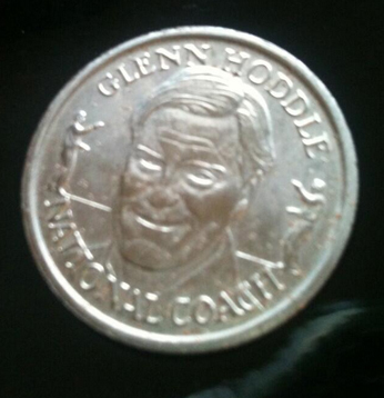 New bid from @CumaeanSybil she's offering a Hoddle coin  for any Belgians