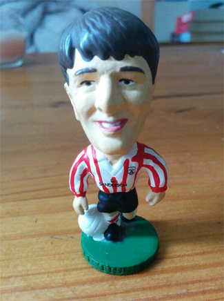 @SamKimish wanted both my WC Trophy and Ghana shinys for a Matt Le Tissier Corinthian